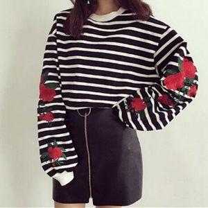 Tops - Striped rose long sleeve shirt🌹👑